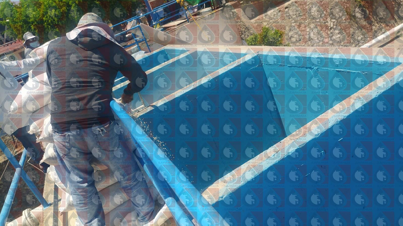 Acomodo del material filtrante: grava y arena sílica