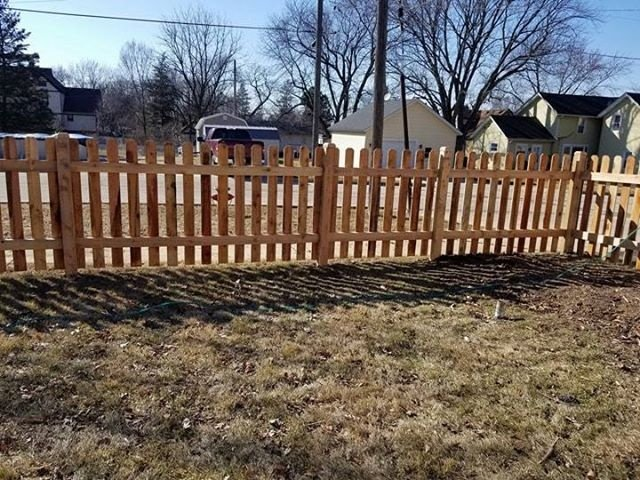 Traditional With Cap Wood Privacy Fence