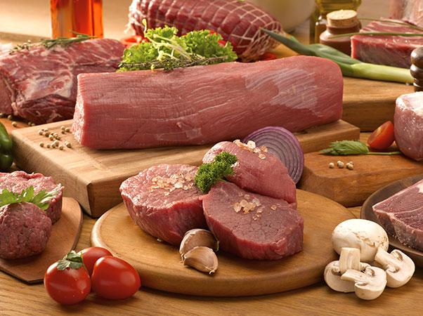 Raw meat in market