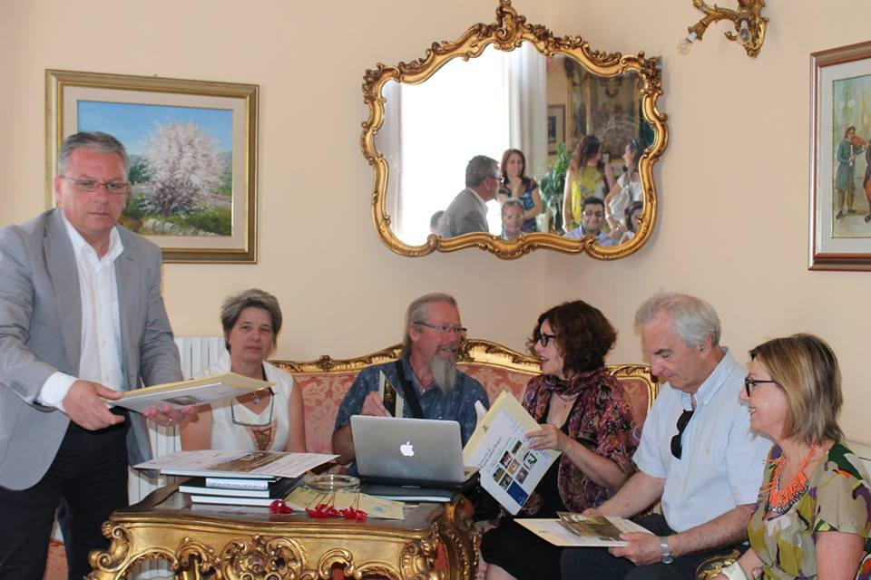 souvenir-mairie-canicattini-bagni