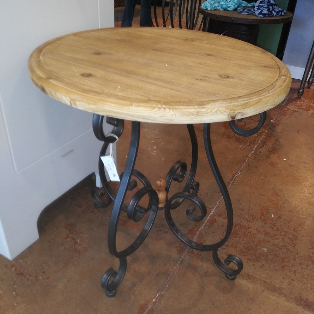 https://0201.nccdn.net/1_2/000/000/08b/799/Table--display--wood--iron---158809-287.jpg