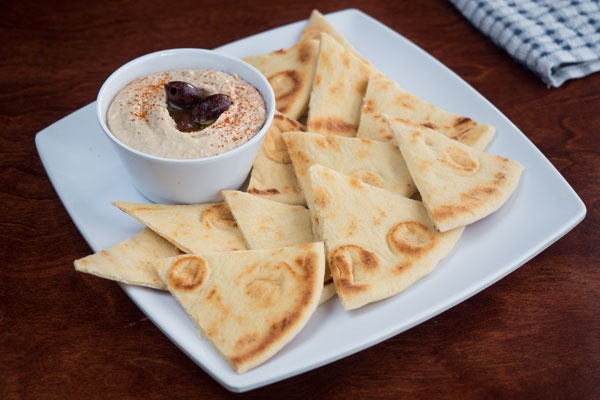 Greek Pitaand Hummus