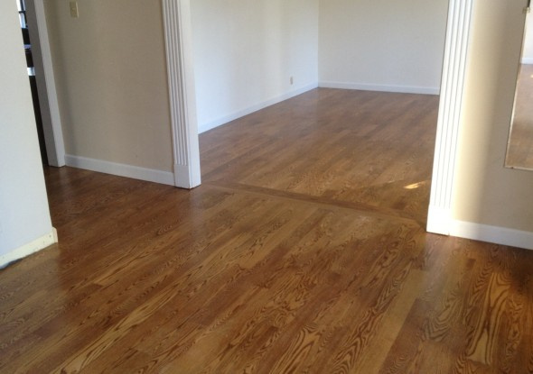 https://0201.nccdn.net/1_2/000/000/08d/a97/Laminate-Flooring-Laminate-Flooring-Transitions-Tile-590x415.jpg