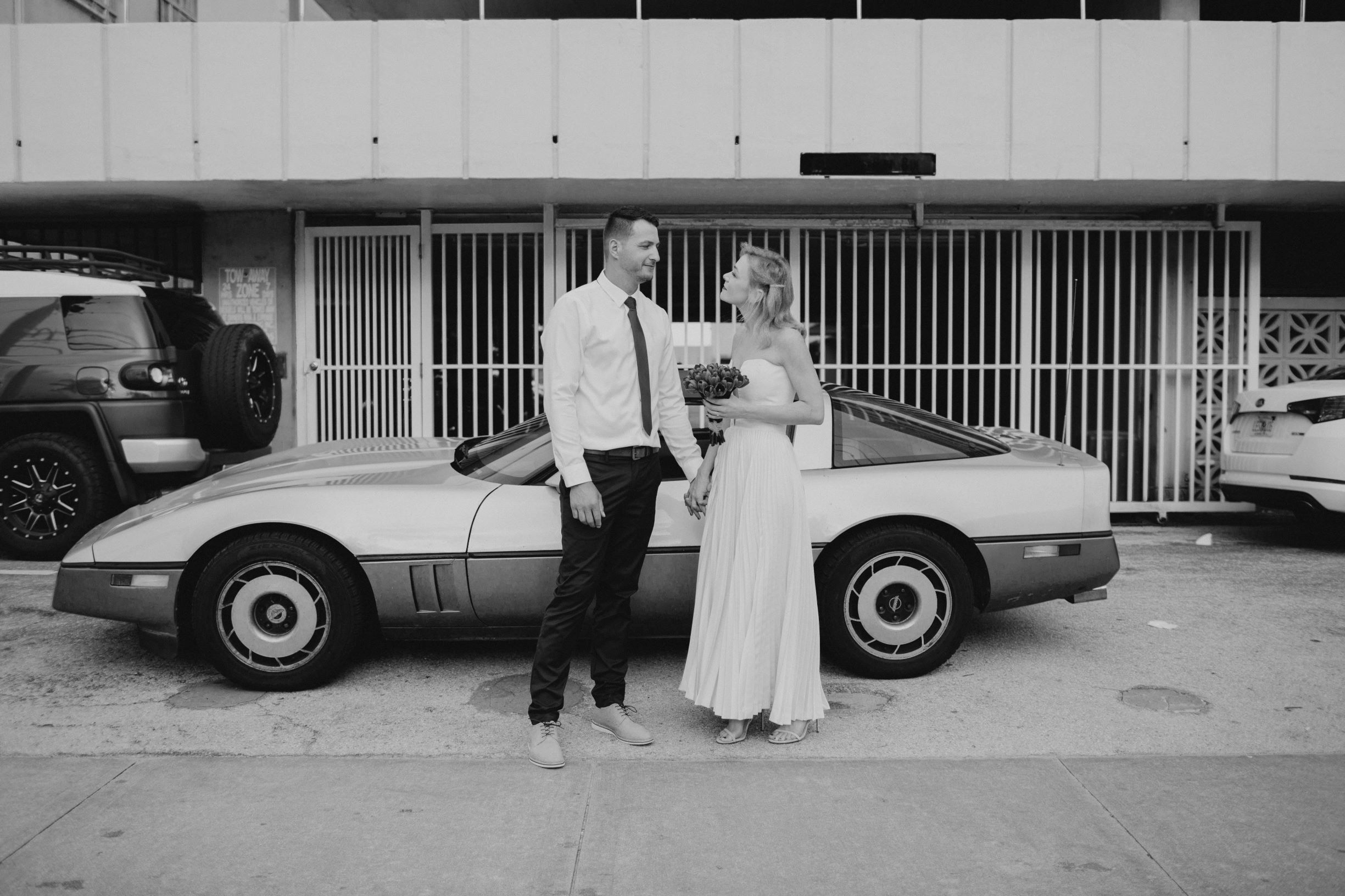 https://0201.nccdn.net/1_2/000/000/08e/fc6/corvette-couple.jpeg