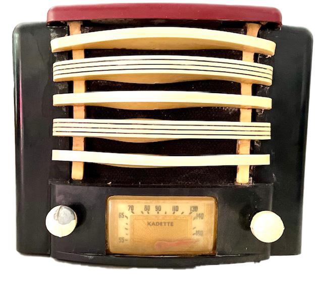 https://0201.nccdn.net/1_2/000/000/092/1af/kadette-plaskon-tube-radio.jpg