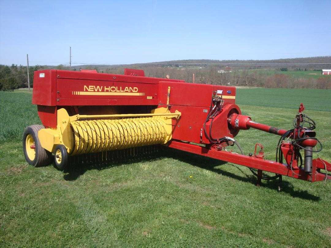 Robert & Tim Keiter's Farm Machinery - Discbines