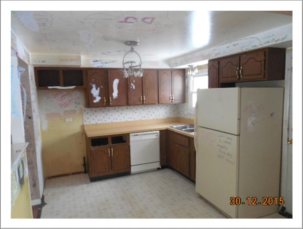 https://0201.nccdn.net/1_2/000/000/093/a71/Kitchen.jpg
