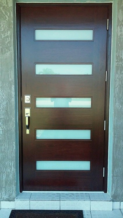 Five-Glass Paneled Door