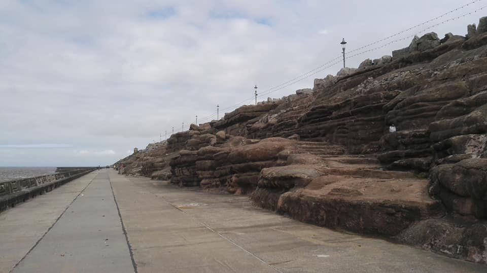 https://0201.nccdn.net/1_2/000/000/096/efe/Cliffs-Pulhamite-Blackpool-960x539.jpg