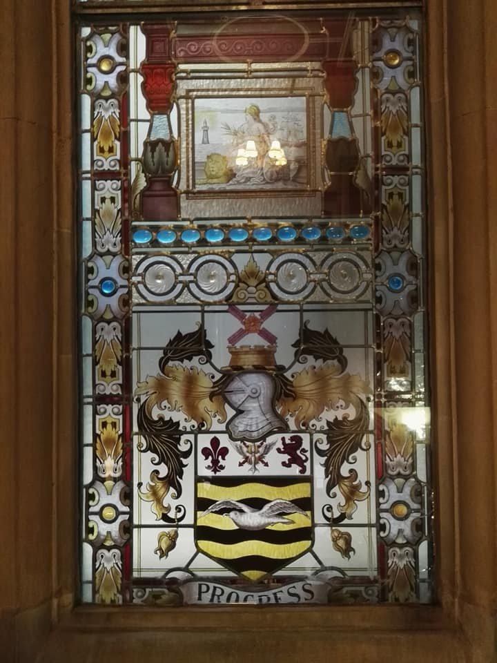 https://0201.nccdn.net/1_2/000/000/098/485/Blackpool-Town-Hall-window-2-720x960.jpg