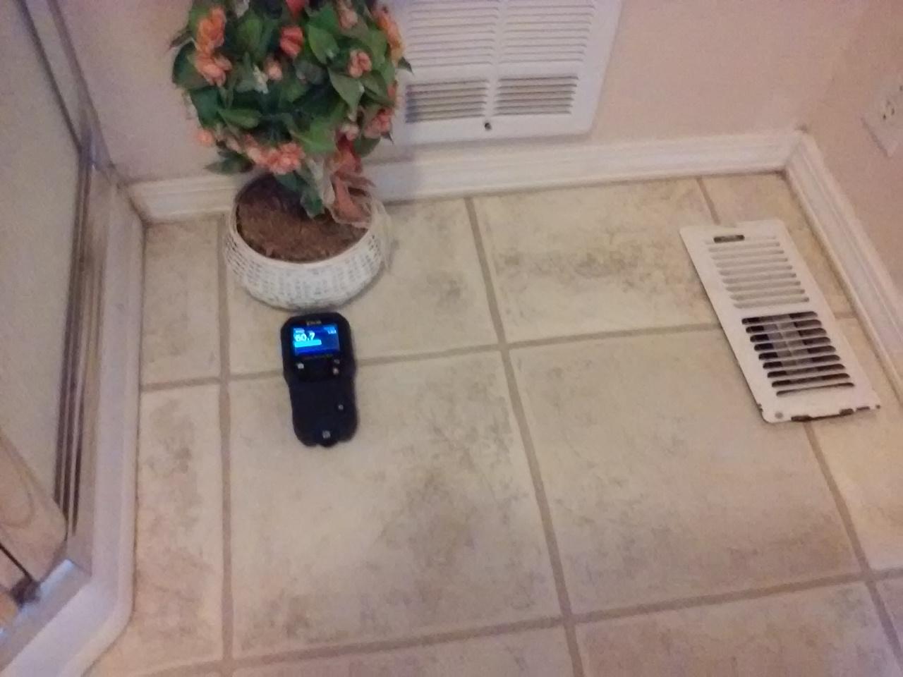 Moisture meter identify water