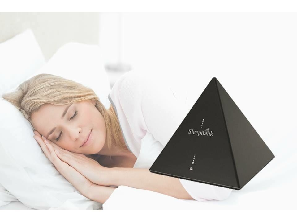 https://0201.nccdn.net/1_2/000/000/09b/7af/sleepbankwoman-960x720.jpg