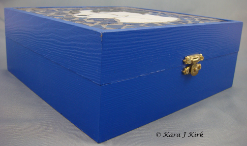 https://0201.nccdn.net/1_2/000/000/09c/14a/06-24-13-Wooden--JRT-Mosaic-Box-Blue-1-4x6.jpg