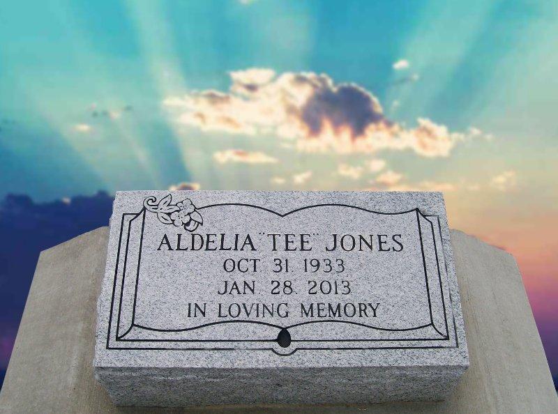 Bevel 18 Adelia Tee Jones
