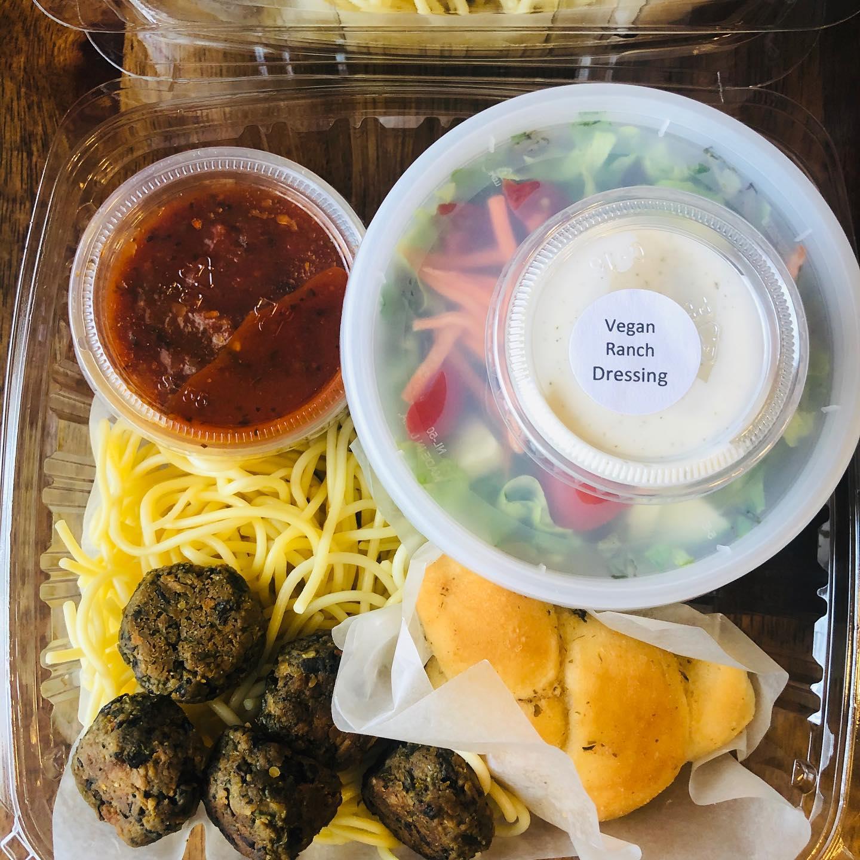 https://0201.nccdn.net/1_2/000/000/09c/96d/vegan-spaghetti-and-meatballs.jpg
