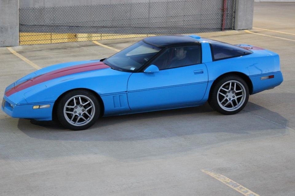 https://0201.nccdn.net/1_2/000/000/09c/d12/corvette-960x639.jpg