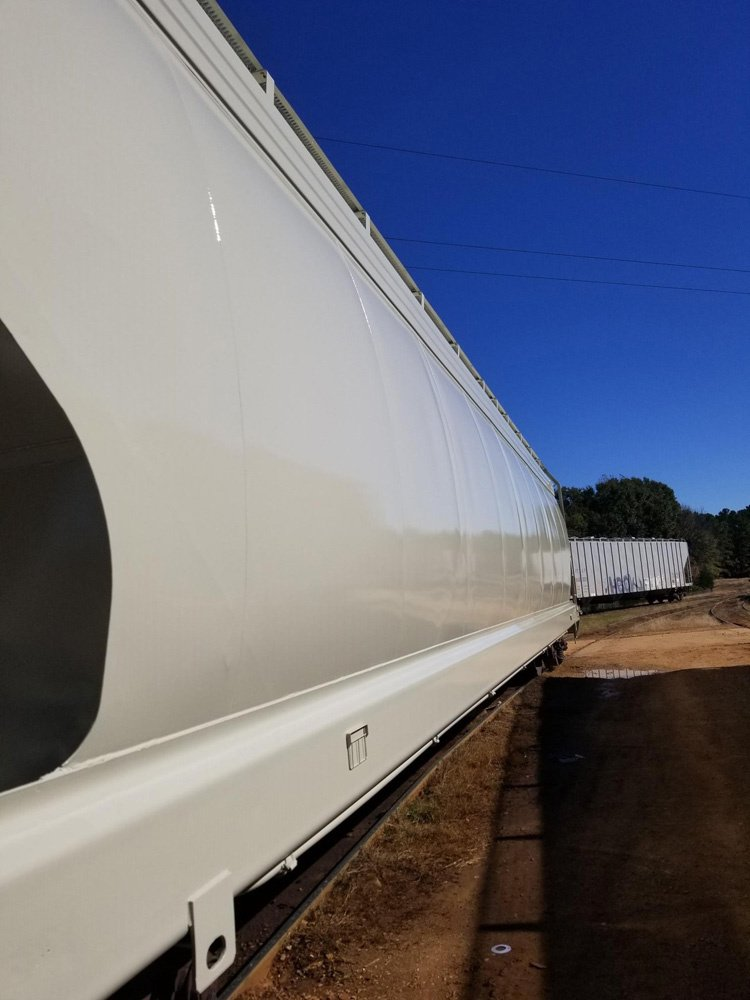 https://0201.nccdn.net/1_2/000/000/09d/326/Eagle-Railcar-Pic-3-750x1000.jpg