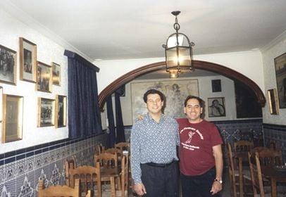https://0201.nccdn.net/1_2/000/000/09d/493/Enrique-Zambo.jpg