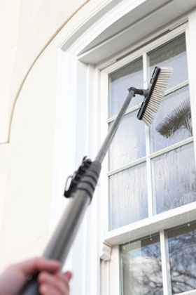 Window cleaner using the water fed pole