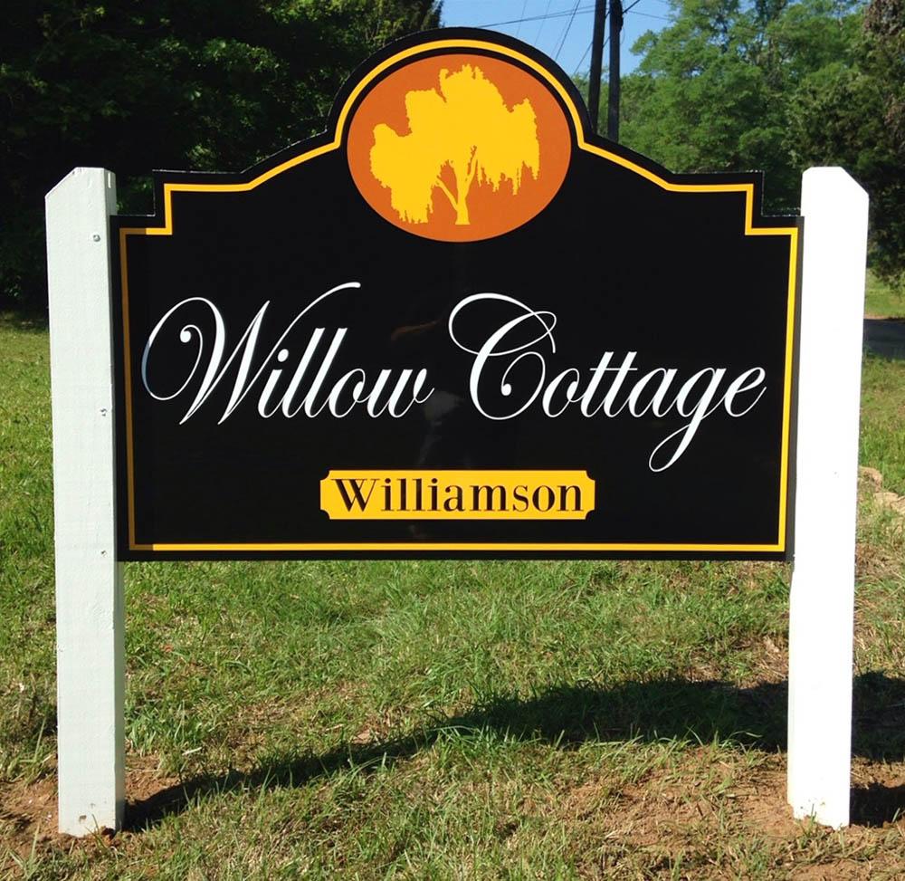 https://0201.nccdn.net/1_2/000/000/09e/637/alumacorr---willow-cottage.jpg
