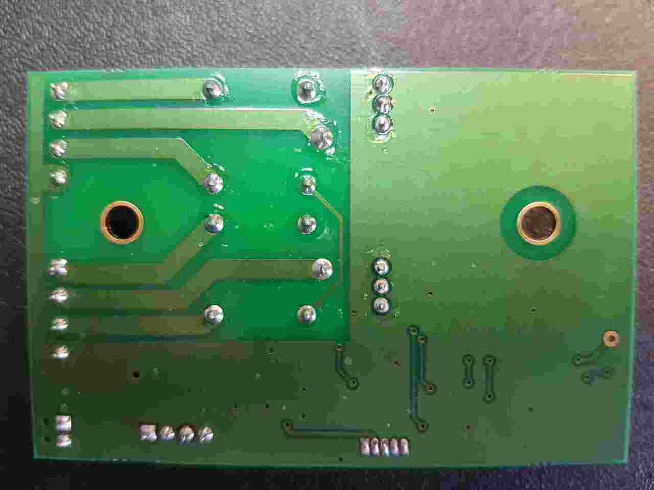 The Contact Delay PCB ignores each alarm signal until the pre-set delay time has elapsed.  The appropriate alarm output is then activated and is only de-activated when the alarm condition ends. The delay times are individually set for each alarm signal using two rotary, hexadecimal switches (S1/S2), with switch positions configured and marked on the PCB in the following increments: •0s, 5s, 10s, 15s, 20s, 30s, 40s, 50s, 60s, 1½mins, 2mins, 2½mins, 3mins, 4mins, 5mins, 6mins.