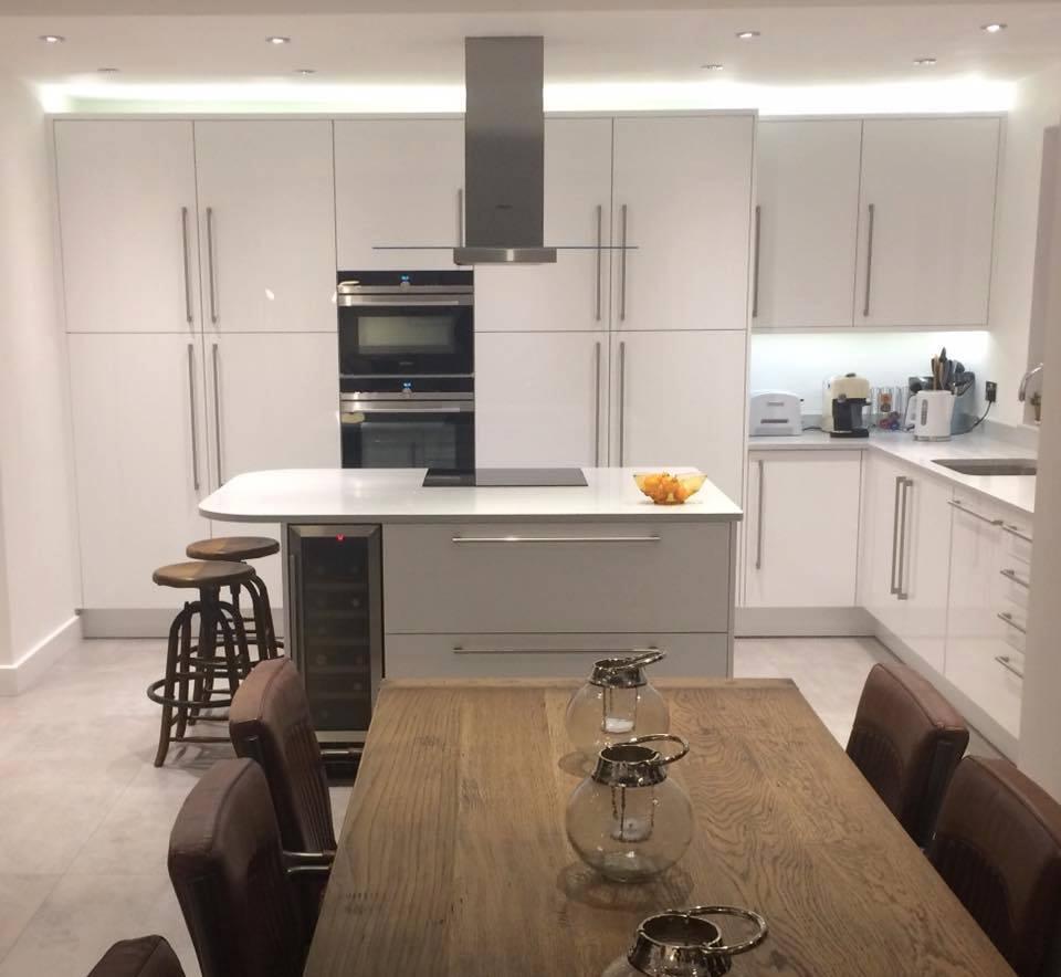 https://0201.nccdn.net/1_2/000/000/09f/43a/kitchen-glazier-white-1.jpg