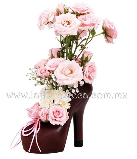 Mom-131 Zapatilla de Cerámica y Rosas Grande  $ 690