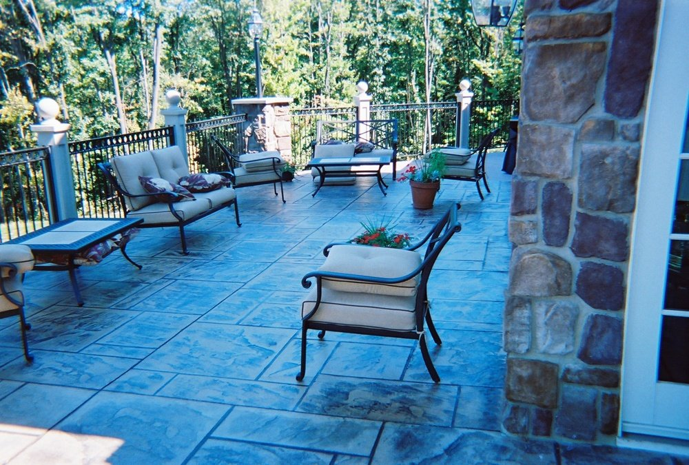 Concrete floor for outdoor living