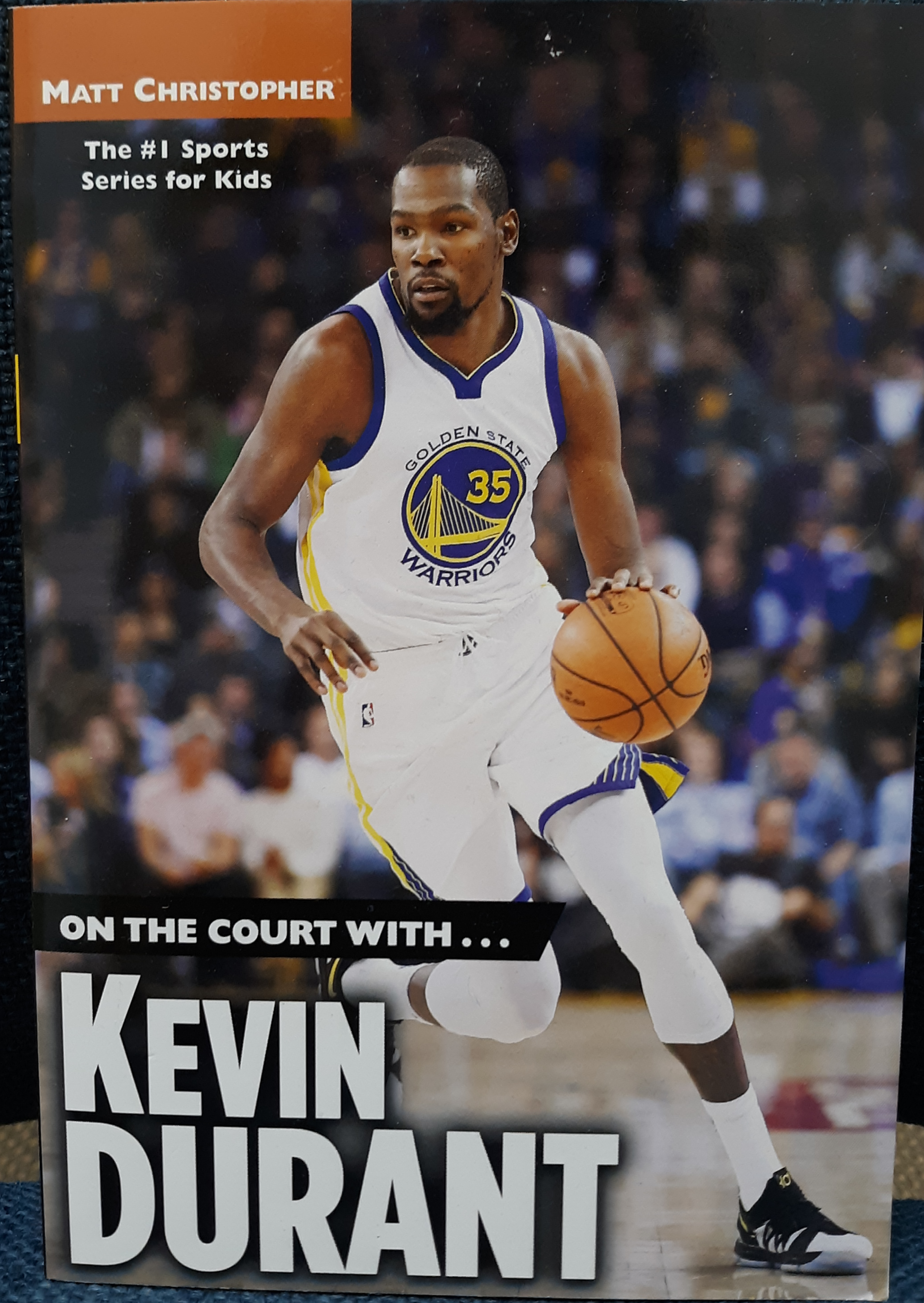 https://0201.nccdn.net/1_2/000/000/0a1/acc/on-the-court-with-kevin-durant-.png