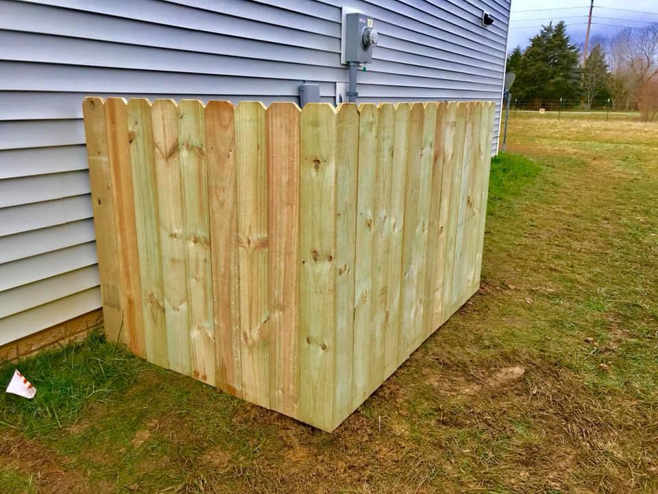 Mershon Trash Enclosure Fence 1