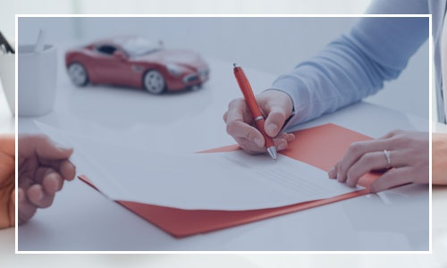 Signing a Car Insurance