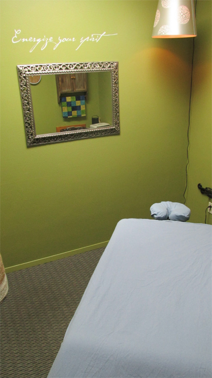 Heated stone therapy area||||