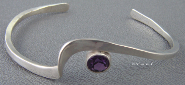 https://0201.nccdn.net/1_2/000/000/0a3/96d/SS-Zag-Bracelet-Purple-Stone-4x6.jpg