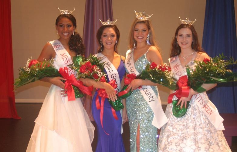 Keelie Jones, Julia DeSerio, Mariana Linares, and Alexandria Foy