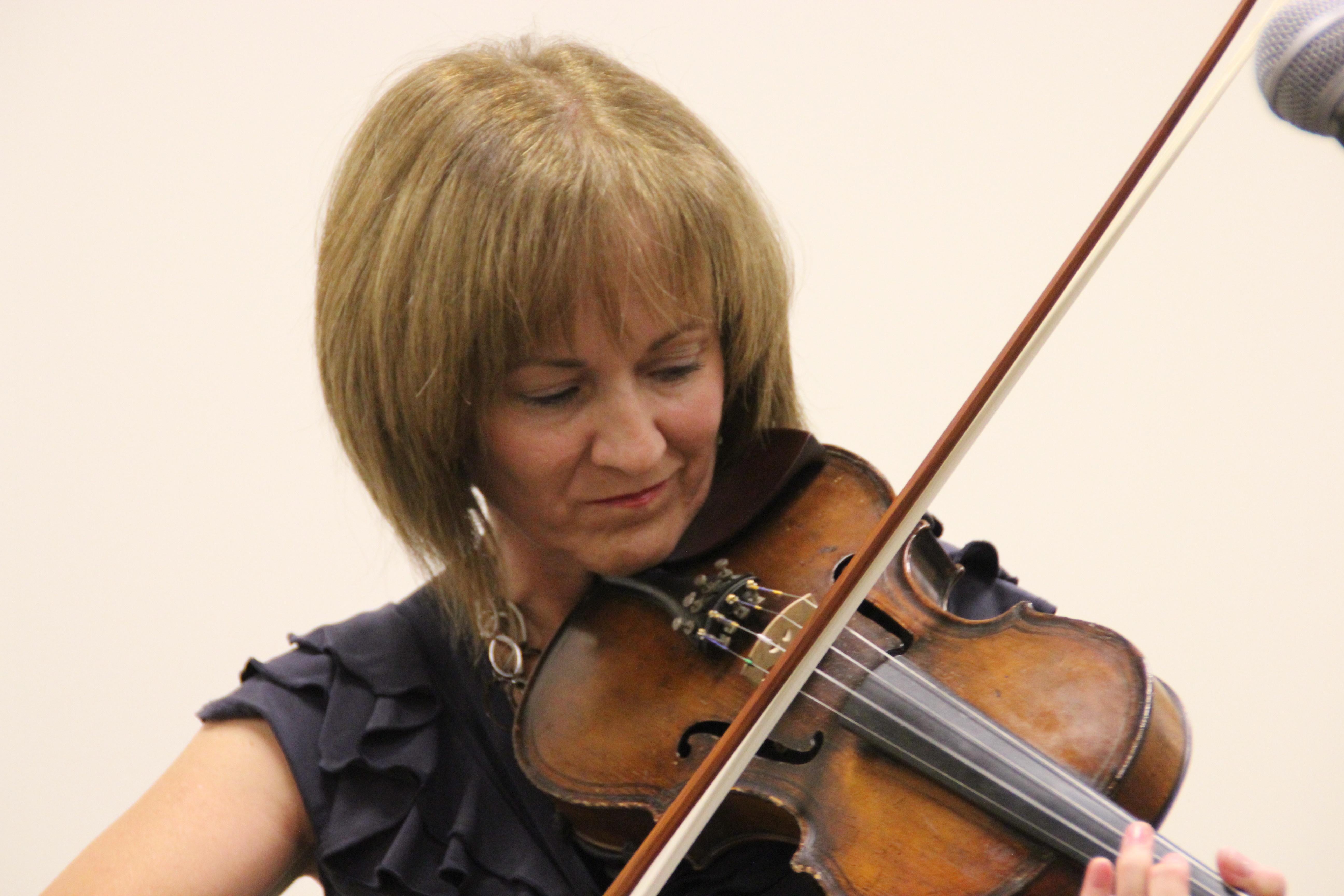 Donna Gray 2010
