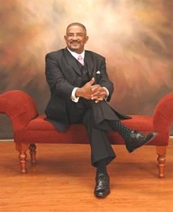 Pastor Robert C Bearden III||||