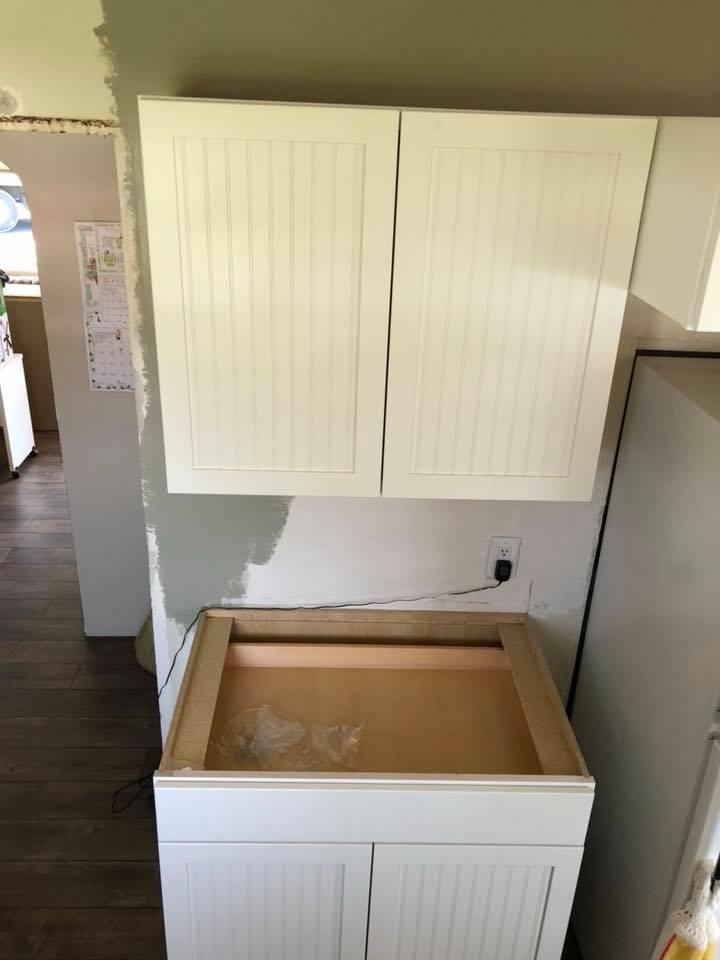 https://0201.nccdn.net/1_2/000/000/0a8/26c/cabinets1.jpg