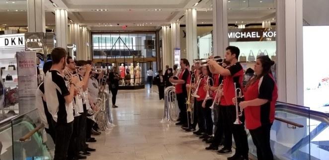 Concert Inside Macy's Flagship