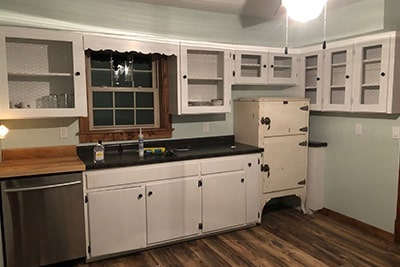 Finished Farmhouse Kitchen