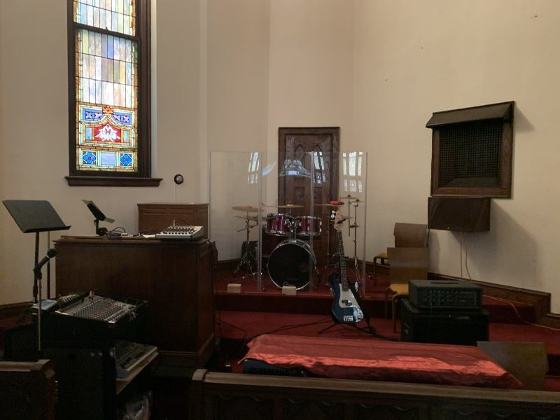 https://0201.nccdn.net/1_2/000/000/0a8/cb6/Current-Church-Drums.jpg