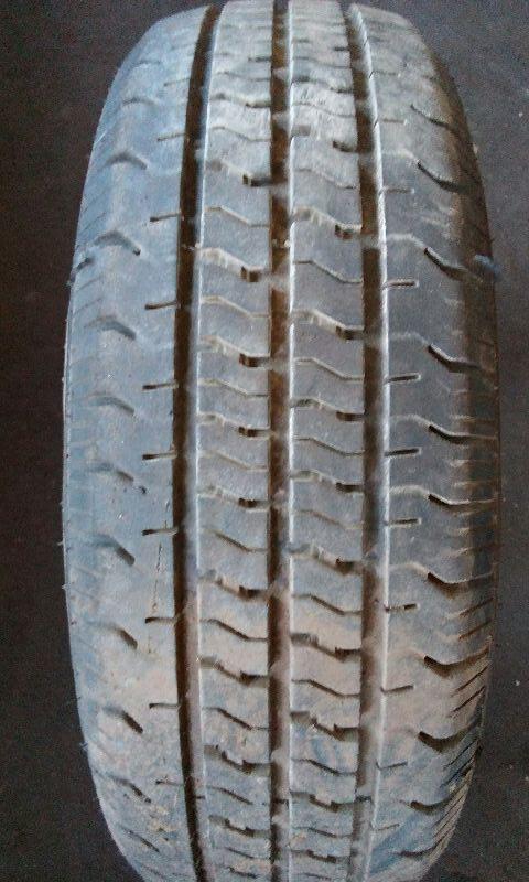 185/60/15 AMERICA CARGO  HI0045