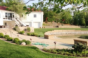 Custom Landscapes Inc In Decatur Il Is A Landscaping Company