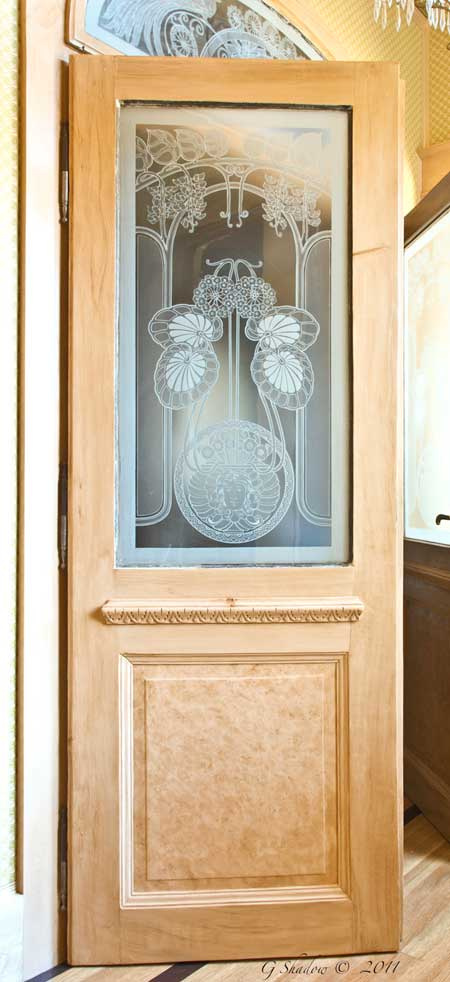 Natural Maple Grained Glass Door