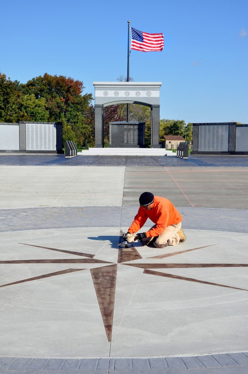 American Veterans Monument at Niagara Falls