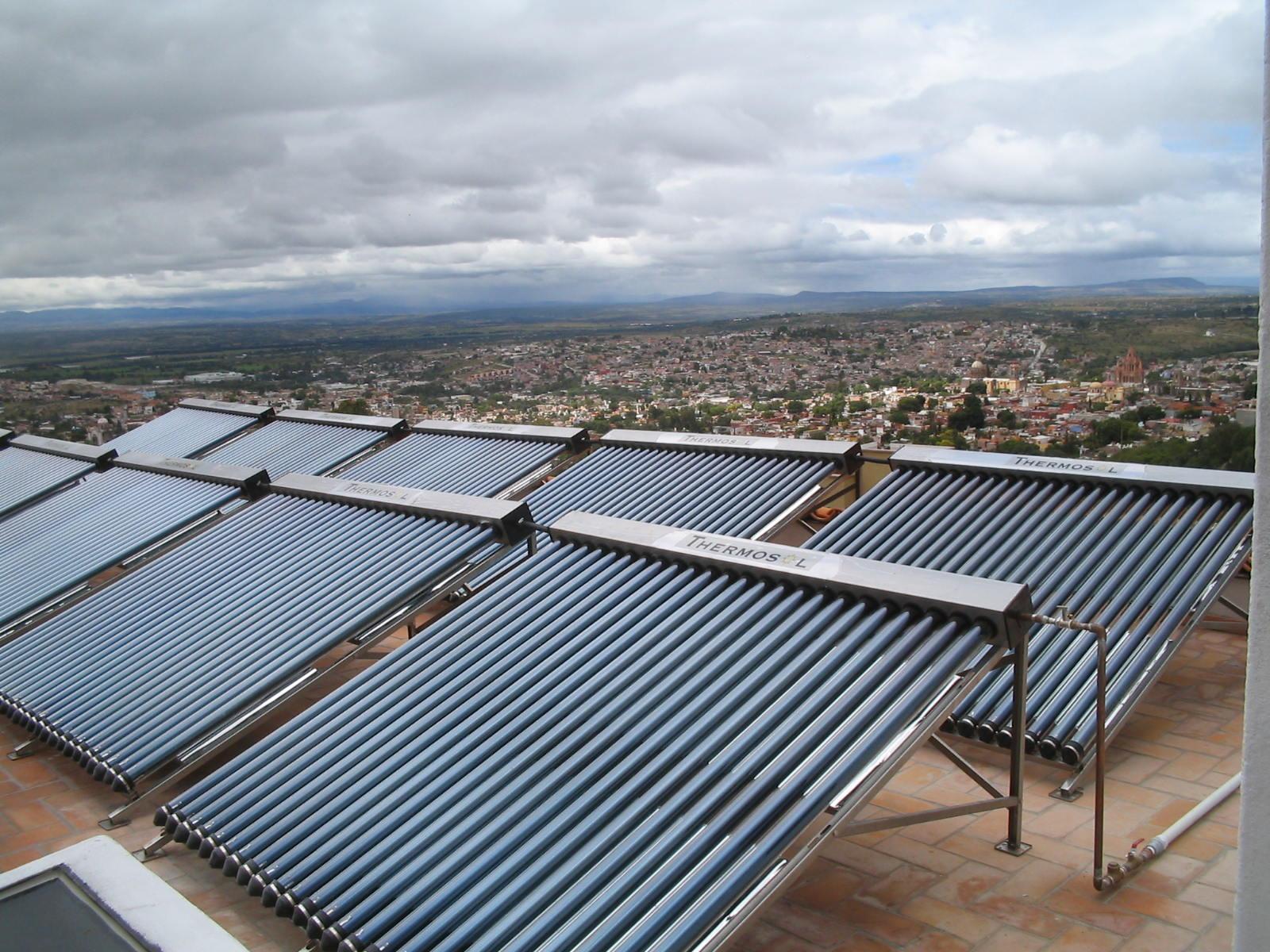 https://0201.nccdn.net/1_2/000/000/0ad/800/Sistema-de-Calentadores-Solares-en-Celaya-Guanajuato-2-1600x1200.jpg