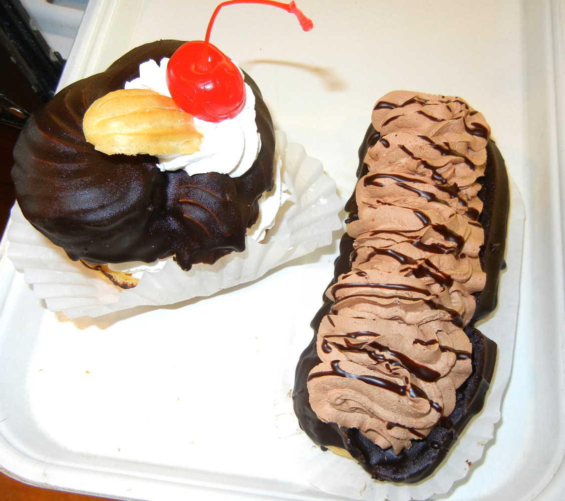 Cream puff with Whipped Cream & Eclair with Chocolate Whipped Cream
