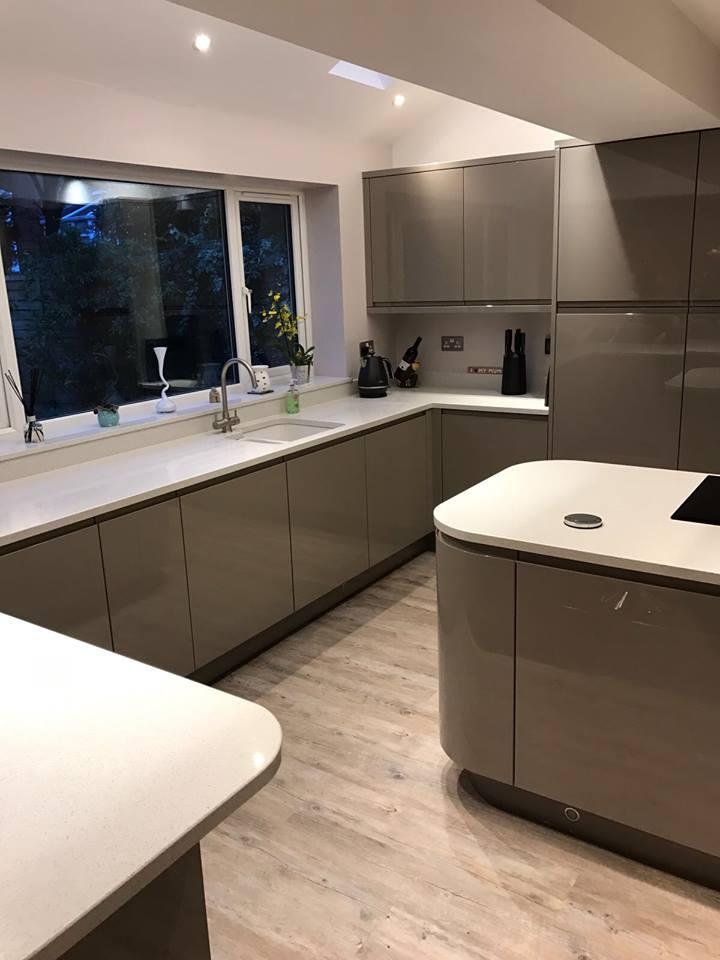 https://0201.nccdn.net/1_2/000/000/0af/c63/kitchen-lucente-graphite-3.jpg
