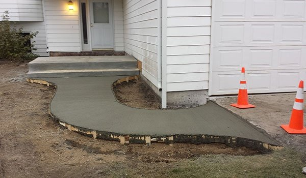 Residential Concrete Walkway
