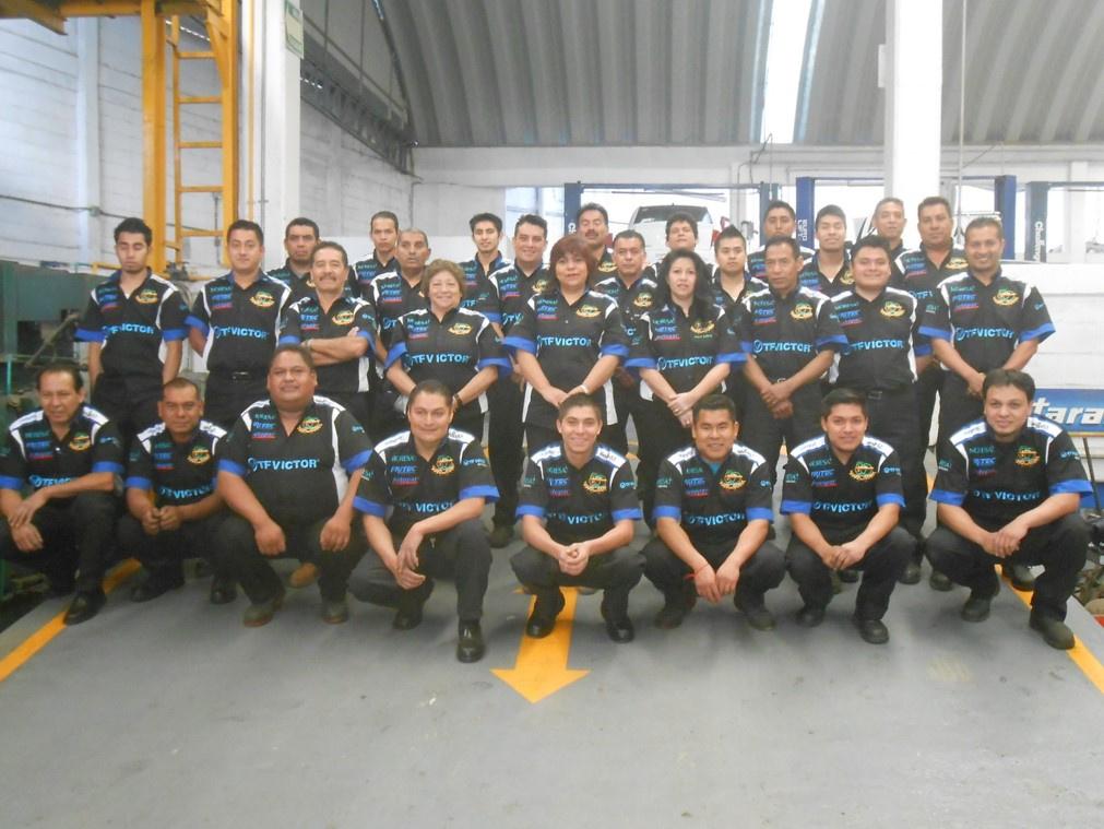 Automotive technician performing diagnostic