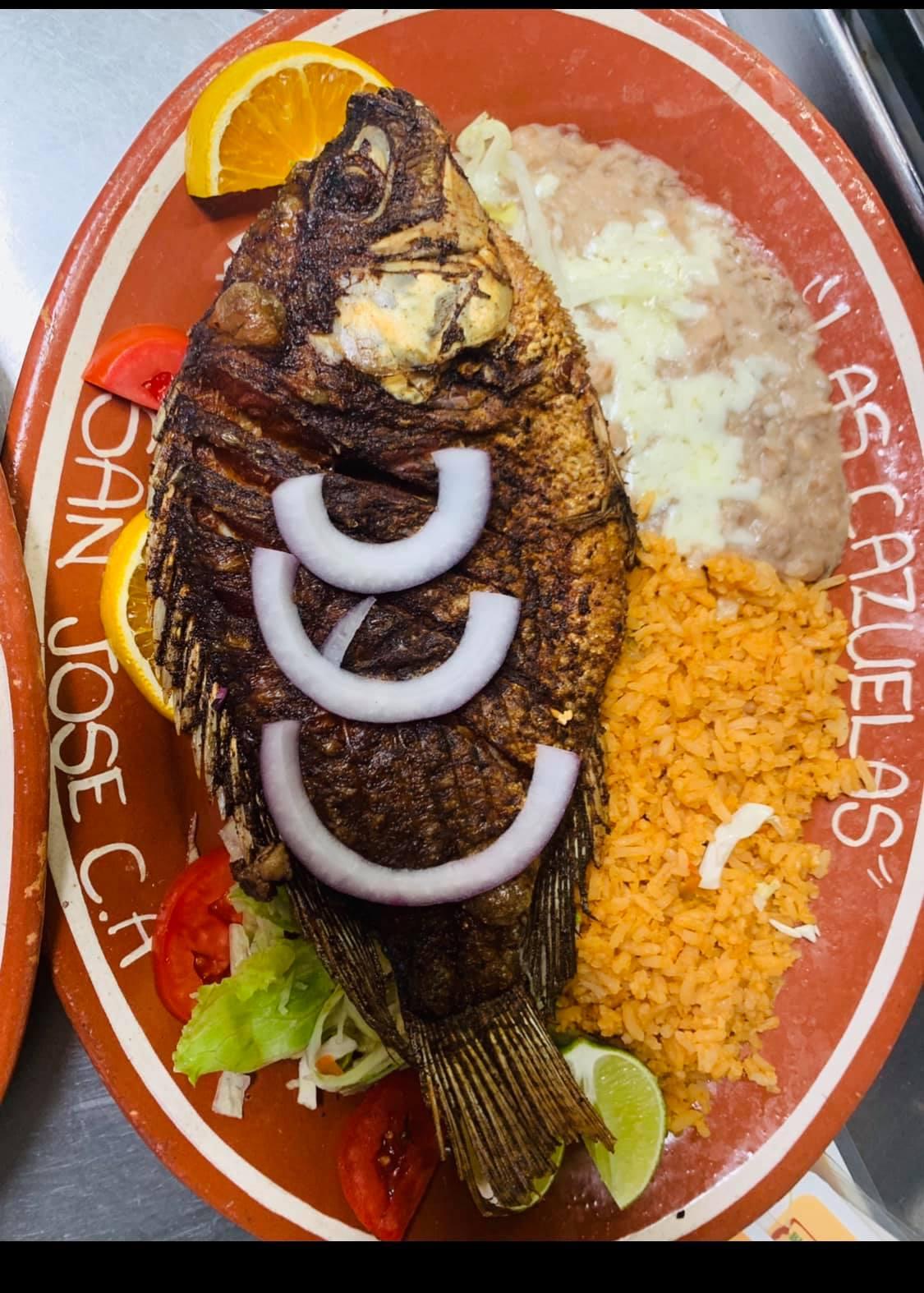 https://0201.nccdn.net/1_2/000/000/0b8/817/cazuelas-food-on-plate-3.jpg